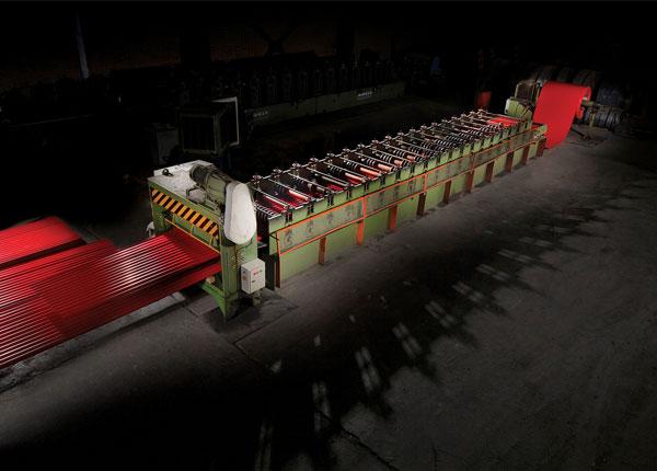 عکاسی از محیط کارخانه و دستگاه های بزرگ