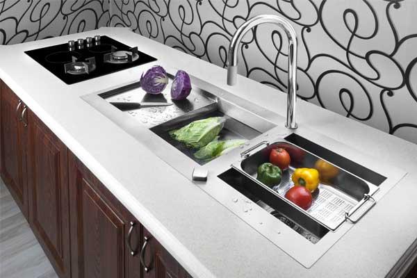 عکاسی تبلیغاتی از سیک ظرفشویی و شیرآلات بهداشتی ساختمان