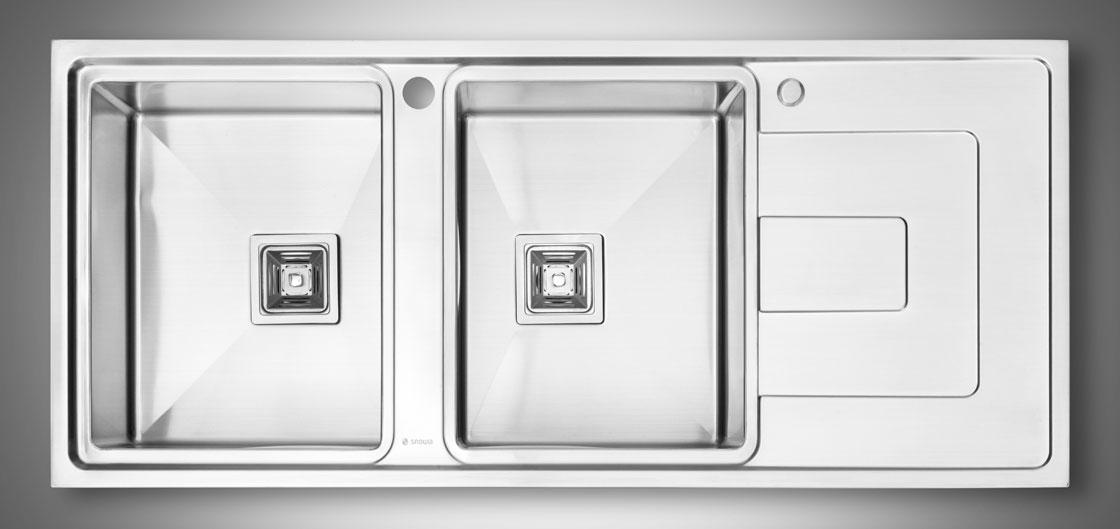 عکاسی صنعتی از سینک ظرف شویی